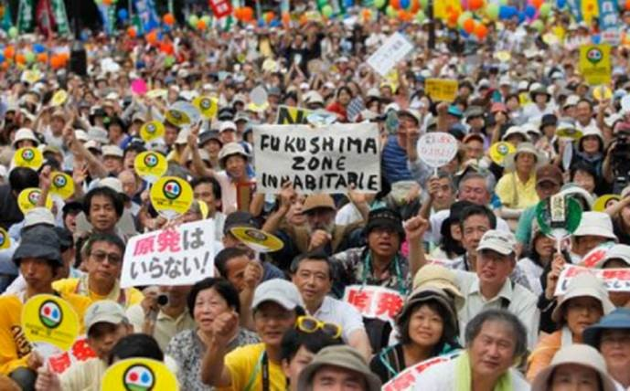 Toshiba cancels all nuclear plant construction, chairman to quit, causing happy anti nuclear activists in Japan!
